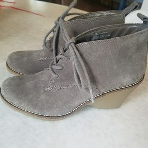 White Mountain Gray lace up bootie